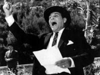 O κ. Στεργίου διαισθανόμενος το πολιτικό του τέλος λειτουργεί με πρακτικές Μαυρογιαλούρου
