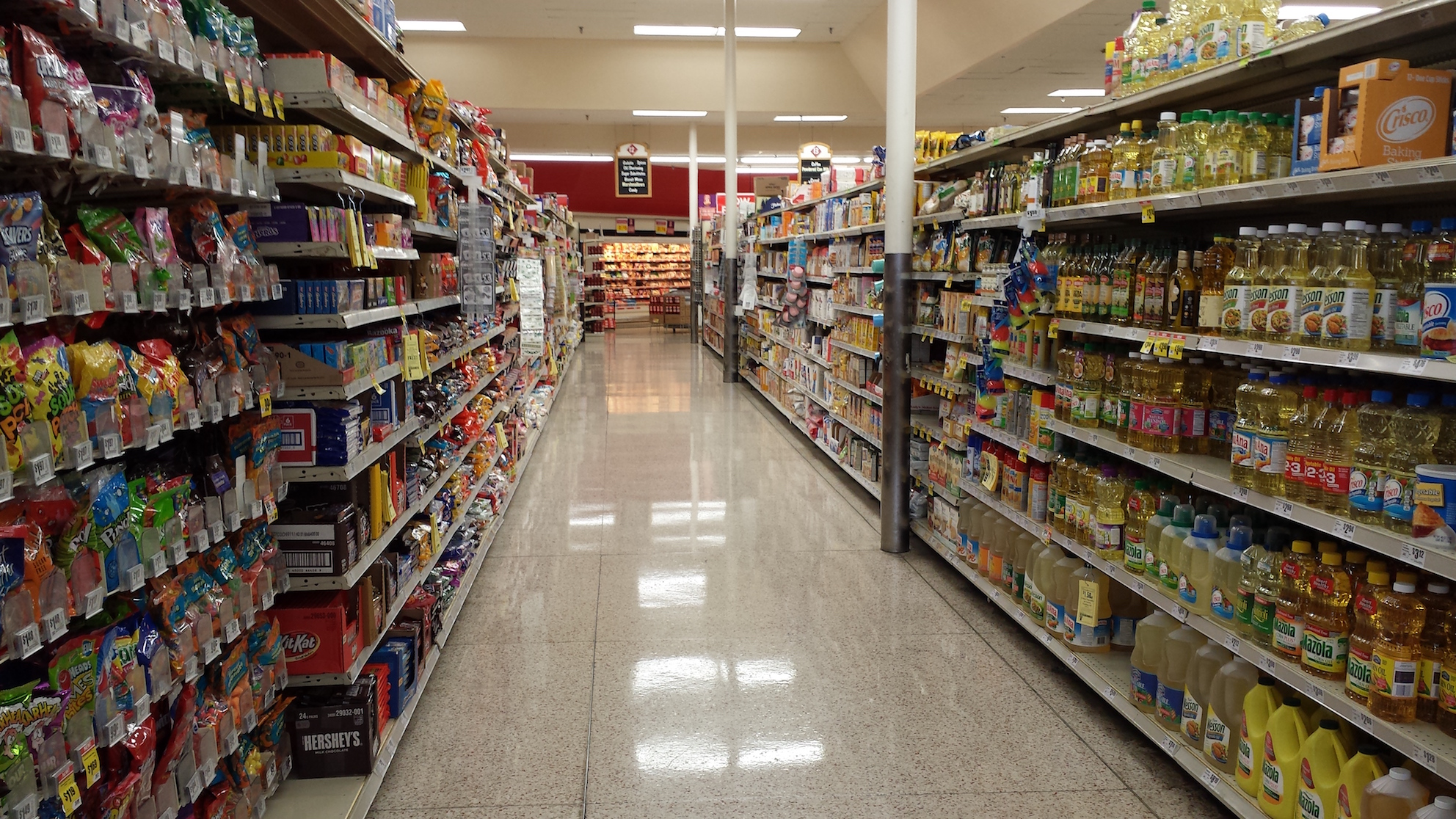 grocery_store_shelves