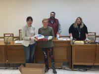 Δήμος Πεντέλης: Παραδόθηκαν τα tablets για τους μαθητές χωρίς δυνατότητα πρόσβασης στην εξ αποστάσεως εκπαίδευση