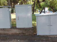 Καθαρίζονται στάσεις, καφάο, φρεάτια, γίνεται αφαίρεση γκράφιτι. Εντατικοποιείται το πρόγραμμα καθαρισμού της πόλης